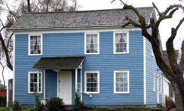 Dibble_House_-_Molalla_Oregon.jpg