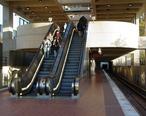 Suitland_station_showing_mezzanine.jpg
