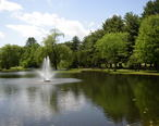 Crandall_Park_fountain_Glens_Falls.JPG