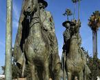Thomas_Fallon_Statue.jpg
