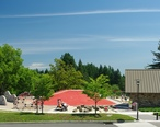 Wilsonville_Memorial_Park_play_area.JPG