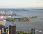 Governors_Island_from_One_World_Observatory_2017.jpg