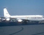 Boeing_EC-135G__717-148___USA_-_Air_Force_AN0823212.jpg
