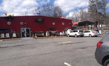 84_Country_Store_in_GreentownPA1.jpg