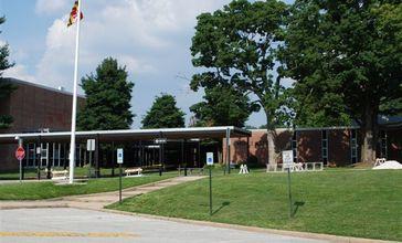 Pikesville_High_School.JPG