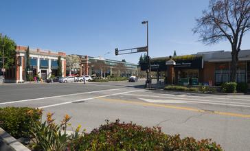 Downtown_Menlo_Park_California.jpg