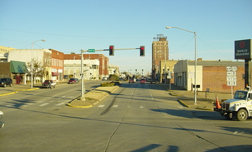 Downtown_McAlester.jpg
