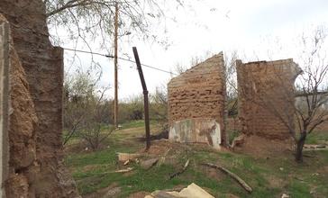 Fort_McDowell_Yavapai_Nation-Fort_McDowell_Officers_Quarers_Ruins-3.jpg