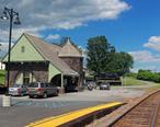 Port_Henry__NY__train_station.jpg