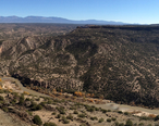 White_Rock_Canyon_showing_Fall_colors_on_the_banks_of_the_Rio_Grande.jpg