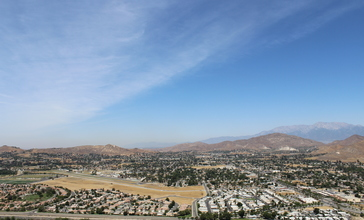 Jurupa_Valley_as_seen_from_Mt._Rubidoux__2013_.jpg
