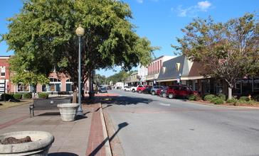 Rockmart_Downtown_Historic_District_October_2016.jpg