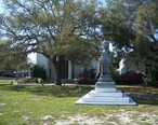 Apalachicola_mnmt_Gorrie_and_church01.jpg