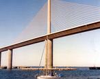 Sunshine_Skyway_Bridge_-_Detail.jpg