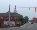 Sevierville-historic-district-entrance.jpg