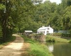 Canal_swains_lock_20040911_121236_2.jpg