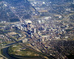 Aerial_view_of_Columbus__Ohio__September_2015.JPG
