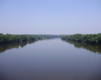 2009-08-17_View_north_up_the_Delaware_River_from_the_Reading_Railroad_Bridge_between_Ewing__New_Jersey_and_Lower_Makefield_Township__Pennsylvania.jpg