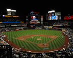 Citi_Field_2010_Night_Game.jpg