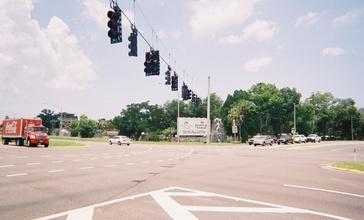 Weeki_Wachee_sign_-_US_19-FL_50-Henando_CR_550.jpg
