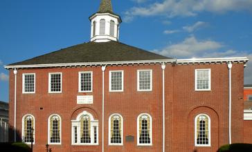 Salem_Courthouse_Mkt_St.JPG