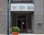 The_State_Bank_Building_in_Laurinburg__North_Carolina__June_2011.jpg