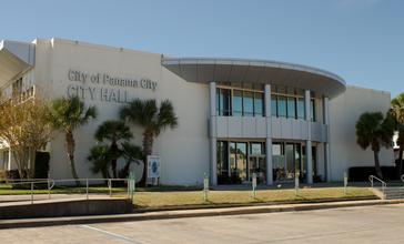 Panama_City_FL_City_Hall.jpg