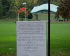 Cristoforo_Colombo_Park_Belmonte_Brothers_memorial.jpg