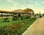 Hattiesburg_Union_Station_postcard.jpg