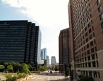 Main_Street_in_the_City_of_White_Plains.JPG