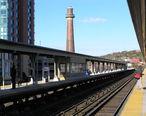 Yonkers_Metro_North_Stop_2012.jpg