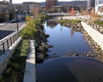 Saw_Mill_River_in_Getty_Square_November_2012.jpg