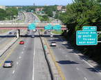 Eastbound_Cross_County_Parkway_in_Yonkers_2006.jpg