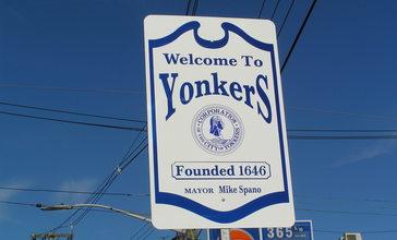 Welcome_to_Yonkers_November_2013.jpg