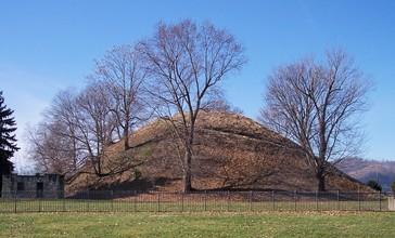Grave_Creek_Mound.jpg