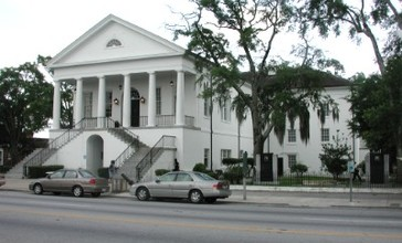 Kingstree_courthouse_1311.JPG