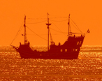 Clearwater_Beach_pirate_ship_excursion.jpg