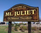 Sign_of_Mt._Juliet_Road__Highway_171__welcoming_commuters_to_Mt._Juliet..jpg