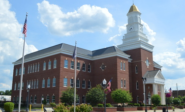 Taylor_County_Courthouse__Campbellsville.jpg