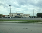 A_view_of_the_Sears_of_Hialeah_s_Westland_Mall.JPG