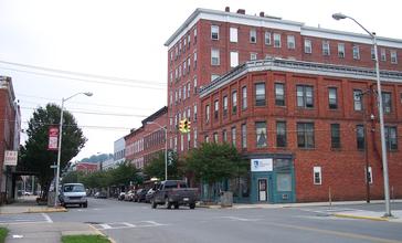 Elkins_West_Virginia_Davis_Avenue.jpg