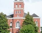 Wayne_County_Courthouse__Jesup__GA__USA.jpg