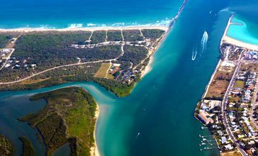 Fort_Pierce_Inlet_Fort_Pierce_Florida_photo_D_Ramey_Logan.jpg