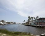 Gulf_Shores_Houses_on_canal.jpg
