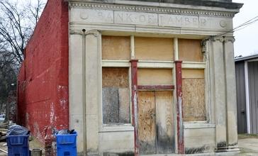 Abandoned_bank_in_Lambert__Mississippi.jpg