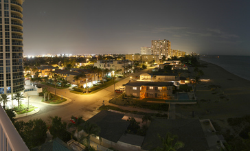 Briney_Avenue__Pompano_Beach_-_Panorama.jpg