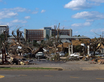 Tornado_damage_2011_Tuscaloosa_AL_USA.JPG