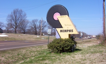 Welcome_to_Memphis_US51.jpg