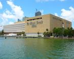 Miami_Herald_building.jpg