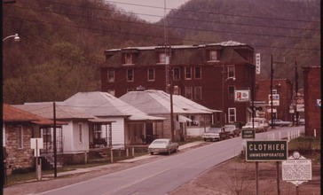 VIEW_OF_THE_MAIN_HIGHWAY_WHICH_RUNS_THROUGH_THE_UNINCORPORATED_TOWN_OF_CLOTHIER__WEST_VIRGINIA__NEAR_MADISON_IN_LOGAN..._-_NARA_-_556420.jpg